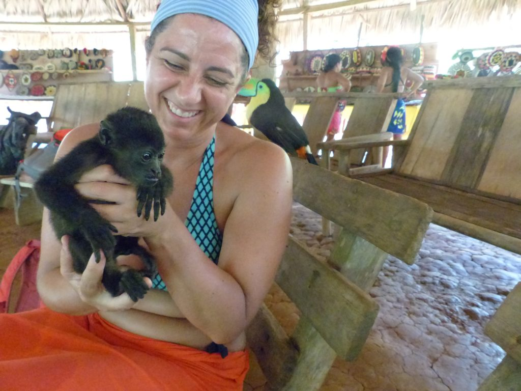 Our Panama Retreat center's location allows for diverse cultural and environmental activities.